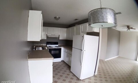 Apartments Near RGV Careers 402 Gastel Cir for RGV Careers Students in Pharr, TX