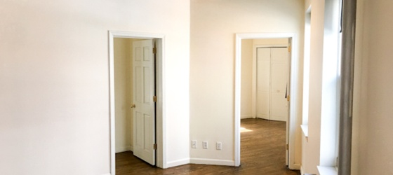 $3450 / 2br - 2 Bedroom, 1Bath Apt for Rent (27 St. James Pl.)