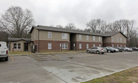 Apartments Near Middle Tennessee School of Anesthesia Inc Cedar Place for Middle Tennessee School of Anesthesia Inc Students in Madison, TN