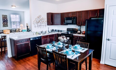 Sublets Near Pennsylvania State University-World Campus The Heights at State College 3 Bedrooms Townhouse - Top Floor Room for Pennsylvania State University-World Campus Students in University Park, PA