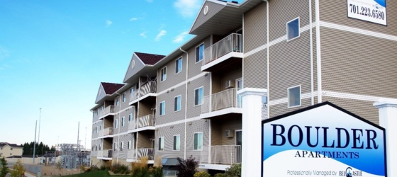 Boulder III-Bismarck Apartments-move in free
