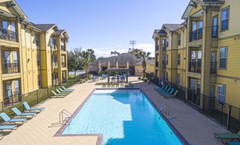 Apartments Near RGV Careers The Rio for RGV Careers Students in Pharr, TX