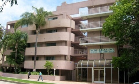 Apartments Near Pepperdine Fully Furnished Student / Intern Housing in LA - Shared and Private Rooms - Near UCLA for Pepperdine University Students in Malibu, CA