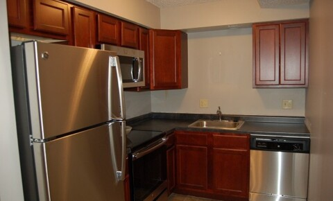 Apartments Near Iowa 2 Bedroom Walk to Class On U of I Campus for Iowa Students in , IA