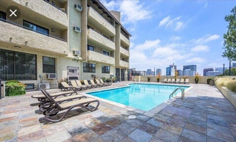 Apartments Near Pepperdine Luxury 6 Bedroom 4 bath condo for Pepperdine University Students in Malibu, CA