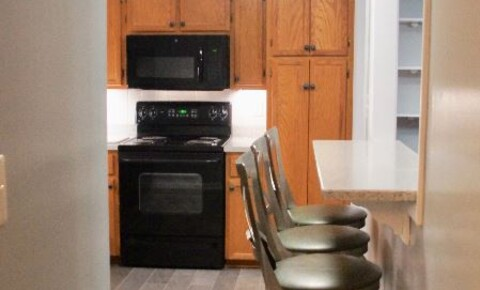 Apartments Near Hollins 2102 Stephenson Ave SW 16 for Hollins University Students in Roanoke, VA
