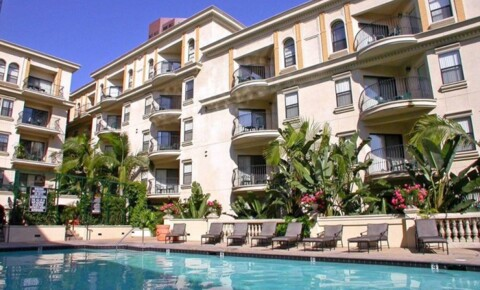 Apartments Near CSULA The Medici for California State University-Los Angeles Students in Los Angeles, CA