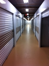Close 2U Storage - Berwick