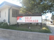Devon Self Storage - Milwaukee