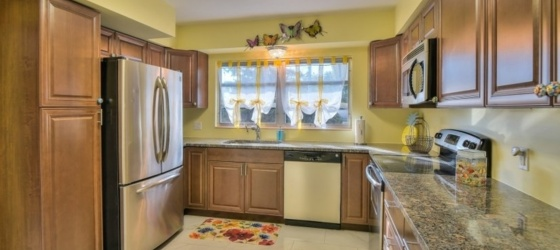 2 bedroom Sarasota