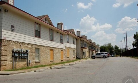 Apartments Near PQC 3035 E Ledbetter Dr for Paul Quinn College Students in Dallas, TX