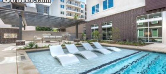 1 bedroom Lower Greenville