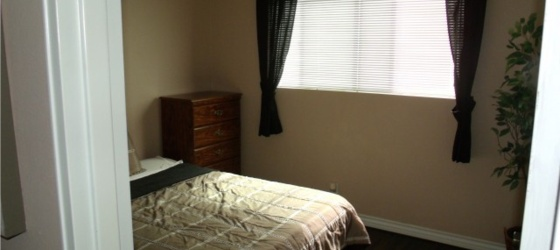 2 furnished bedrooms available NOW in Garden Grove