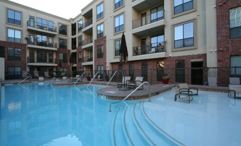 Apartments Near UT Austin Red River and 10th for University of Texas - Austin Students in Austin, TX