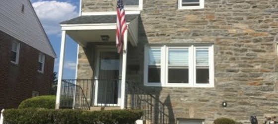 Suburban Rental Property, Convenient to Shopping, Transportation and Center City Philadelphia