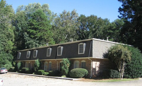 Houses Near UNG 4427 Oakwood Road for University of North Georgia Students in Oakwood, GA