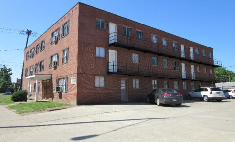 Apartments Near Marshall 411 Hal Greer Blvd for Marshall University Students in Huntington, WV