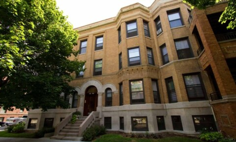 Apartments Near RMC 5401-5403 S. Woodlawn Avenue for Robert Morris College Students in Chicago, IL
